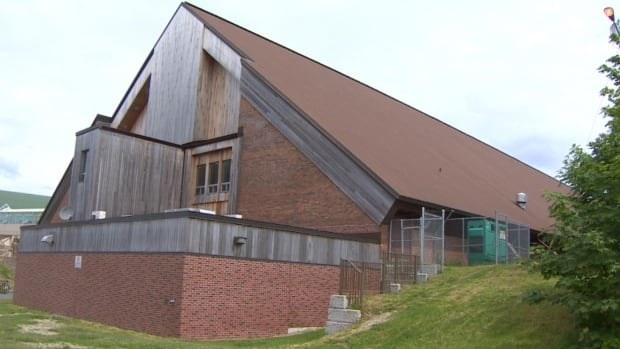St. John's city council voted to continue giving a $100,000 grant to the Aquarena.