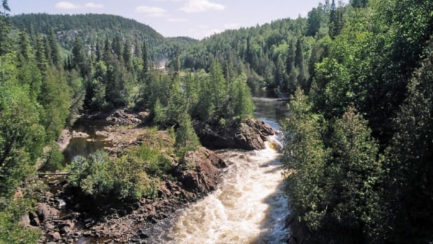 White River crossing in Pukaskwa National Park. Pic River First Nation has submitted a proposal to build a hydroelectric facility in the park, at Chigamiwinigum Falls on White River, a site located within the First Nation's traditional territory.