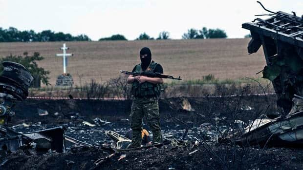Forensic experts expected at MH17 crash site Monday