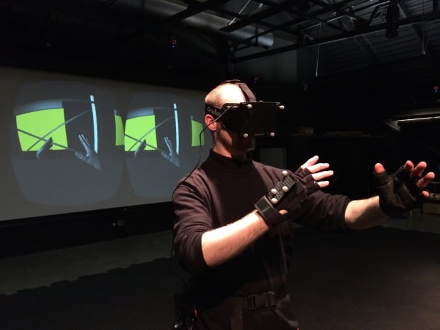 Aaron Hilton with Oculus Rift at Emily Carr University