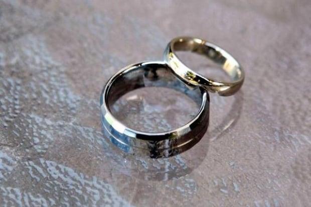 Stolen ring skpic