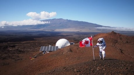 Ross Lockwood on Mauna Loa HI-SEAS Mars simulation