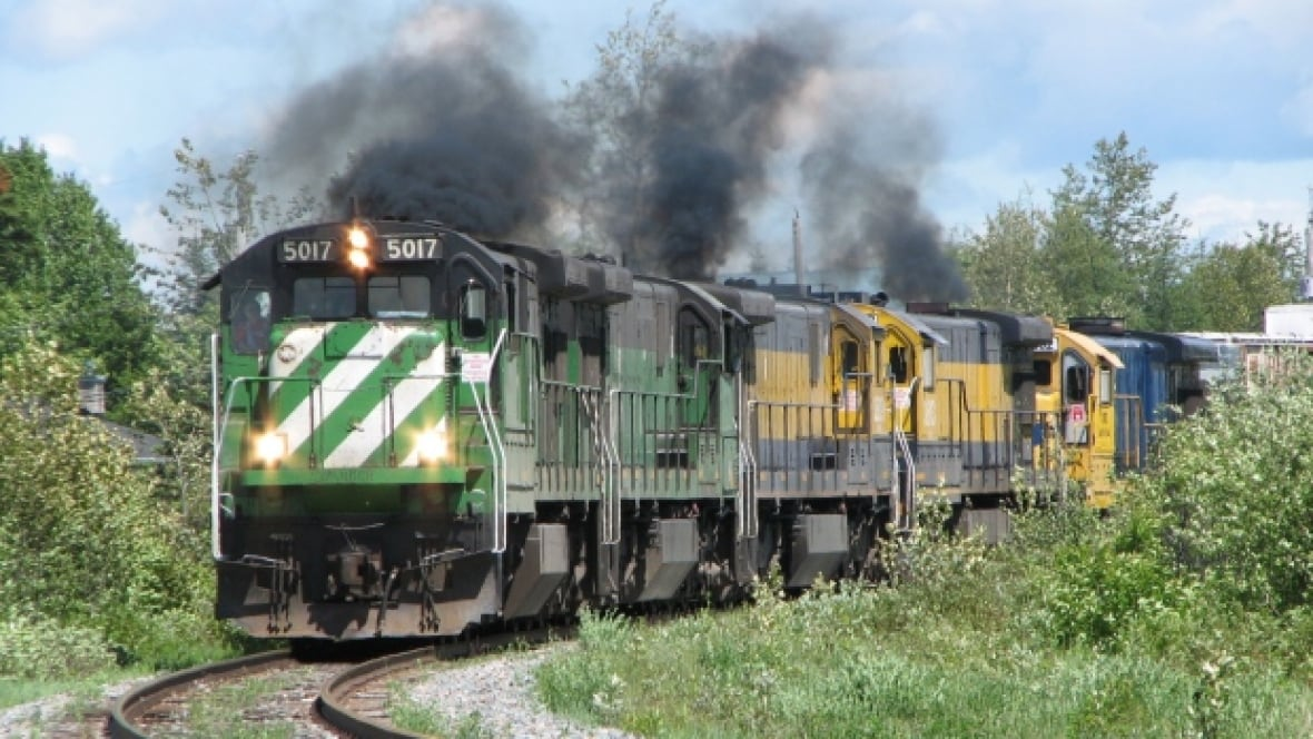 Lac-Mégantic trial could be affected by engine's U.S. trip ...