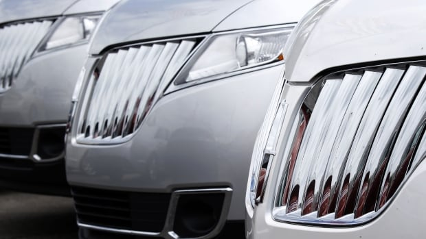 Chinese customers pay premium prices for North American and European imported cars. The Chinese authorities are investigating Chrysler, Audi and Japanese carmakers over high parts prices.