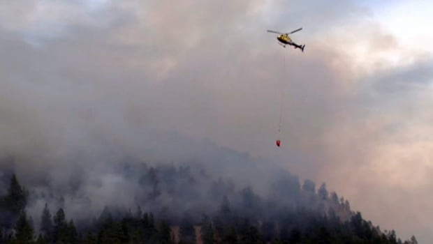Peachland fire helicopter