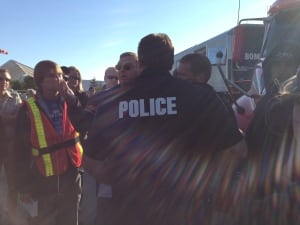 Police at Unifor picket line
