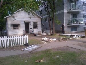 Saskatoon standoff house