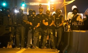 Michael-Brown-USA-MISSOURI-SHOOTING-armed-police-Aug-12-riots