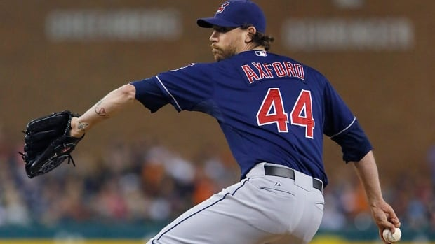 The Pittsburgh Pirates have activated Canadian relief pitcher John Axford, one day after claiming him off waivers from Cleveland. He was 2-3 with 10 saves and a 3.92 ERA in 49 games this season for the Indians.