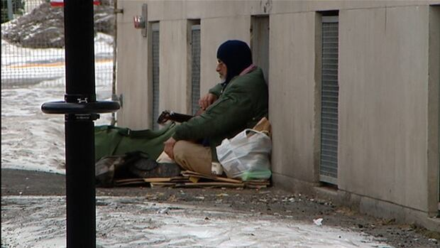 City officials and expert groups in Montreal do not know exactly how many people are living on the streets.