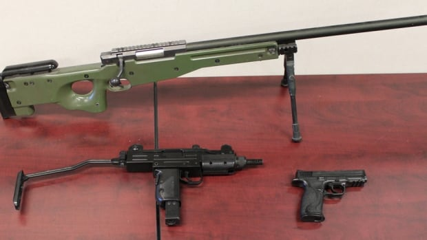 The guns seized were similar to these airsoft guns seized in previous incidents, says Bourdages.