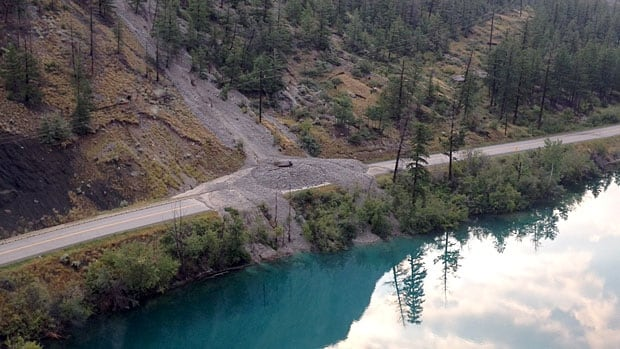 A series of mudslides along an eight kilometre stretch of Highway 99 has closed the route north of Lillooet, B.C.