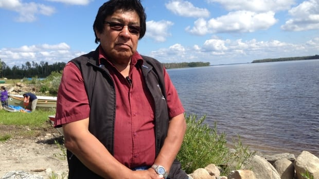 Neskantaga Chief Peter Moonias says a sudden tight deadline to approve the next step in Noront Resources' environmental assessment process leaves him doubting Ontario's good will in its Ring of Fire negotiations with First Nations.