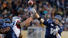 Nic Grigsby's late touchdown lifts Blue Bombers over Als