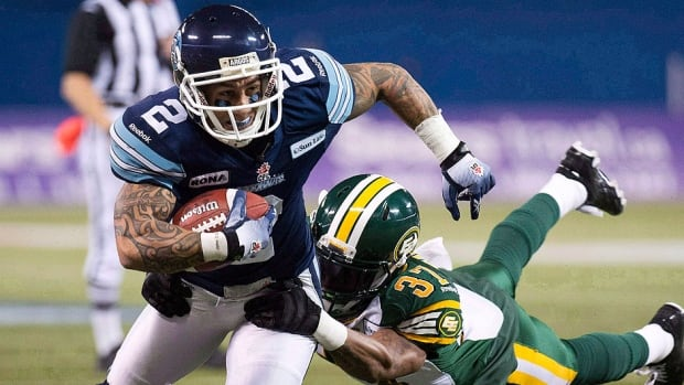 "Argonauts wide receiver Chad Owens, left, will return to the team's lineup for Saturday's afternoon game versus the Eskimos in Edmonton after spending the past four games on the injured list with a left foot injury. ""I can throw that short stuff and he turns it into long gains,"" said Toronto quarterback Ricky Ray of Owens."