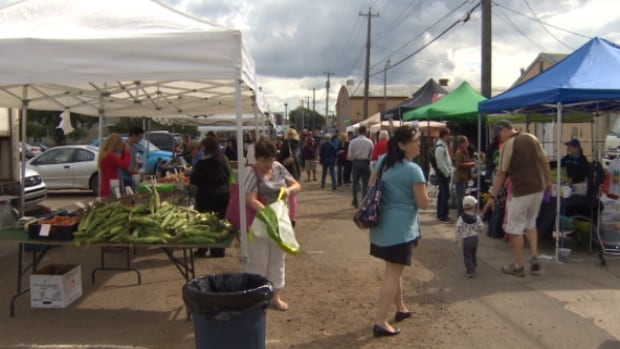 The Stony Plain Road Business Association hosted a back alley market on Sunday.