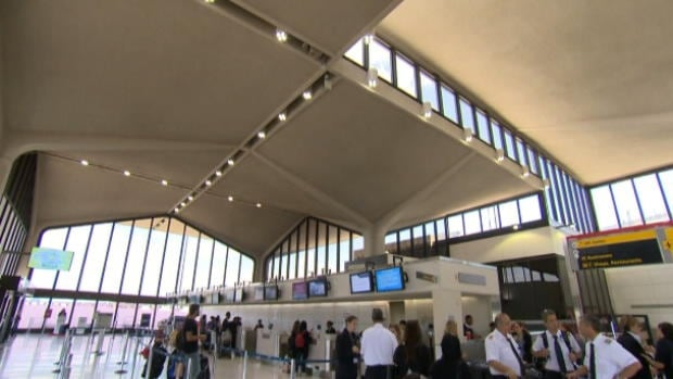 Newark Liberty International Airport won't discuss the lighting system's full capabilities, but CBC's David Common reports that it can monitor licence plates of cars entering the departure area or the parking lots.