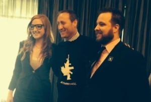 Peter MacKay poses with 'No compromise' pro-gun shirt