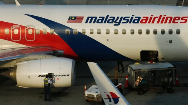 Malaysia Airlines cuts 30% of employees in bid to save company