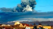 Iceland volcano: Eruption raises alert level to red