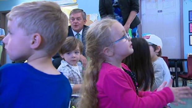 Progressive Conservative Leader David Alward meets a group of children from the College Hill Daycare in Fredericton on Tuesday.