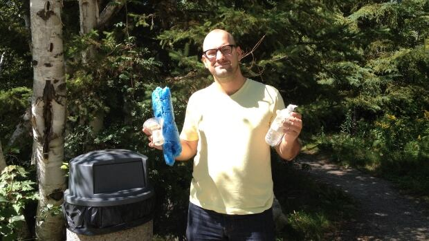 Tomasz Mrozewski said that Sudbury is the most littered city he has lived in so far.