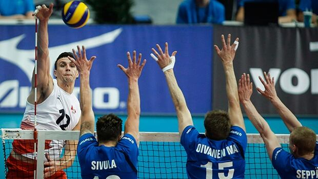 Canada Beats Bulgaria At Men S Volleyball Worlds Cbc