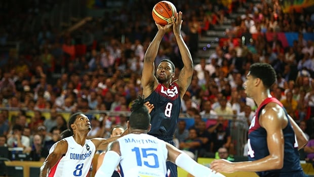 Rudy Gay (8) of the United States takes a jumpshot in Wednesday's 106-71 victory over the Dominican Republic in Bilbao, Spain.
