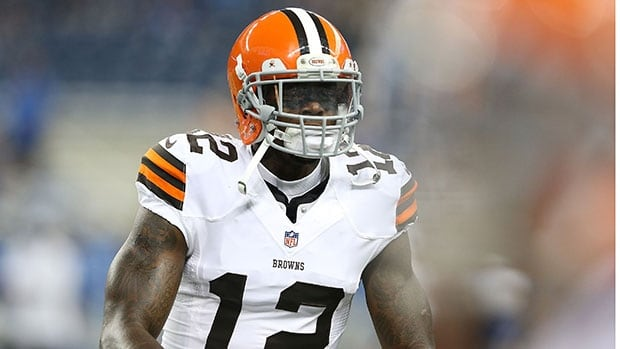 Suspended Cleveland Browns' wide receiver Josh Gordon plans to work for a car dealership during his season-long suspension from the NFL.