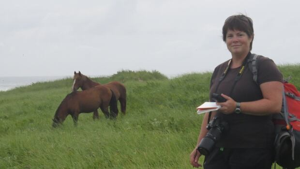 Sarah Medill is a PhD student at the University of Saskatchewan who is part of a research group on Sable Island focusing on the feral horse population.