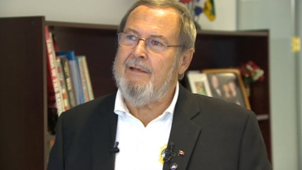 Edmonton East MP Peter Goldring has announced that he is not running in the next federal election.