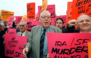 REVEREND IAN PAISLEY PROTESTS OUTSIDE THE STORMONT PEACE TALKS