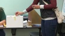 B.C. teachers vote on tentative deal - Sept. 17, 2014
