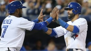 Blue Jays rout Mariners to keep playoff hopes alive