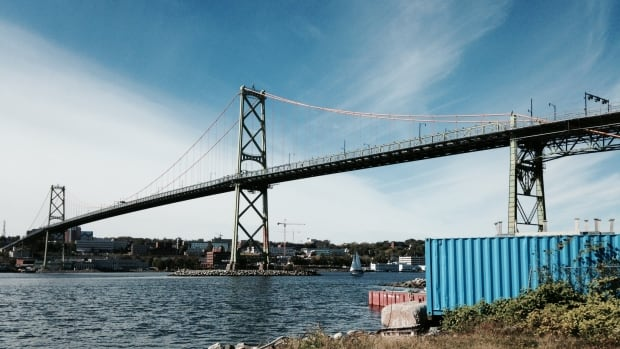 The cycling and pedestrian lanes on the Angus L. Macdonald Bridge will be removed in 2015, but will reopen in December 2016.