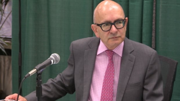 Alberta Auditor General Merwan Saher questioned two contracts the Alberta government signed with Tory-connected Navigator Ltd. last year.