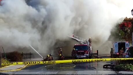 Major fire destroys St-Bruno commercial building - CBC.ca