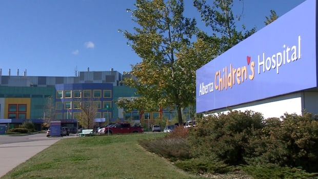 Charges have been laid against an Alberta Health Services employee who allegedly improperly accessed health information at the children's hospital.