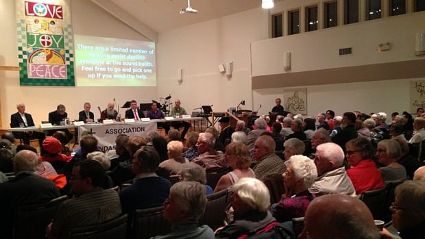 About 300 people packed into Dundas Baptist Church for a mayoral candidates event on Tuesday, and many of them wanted to know about LRT.
