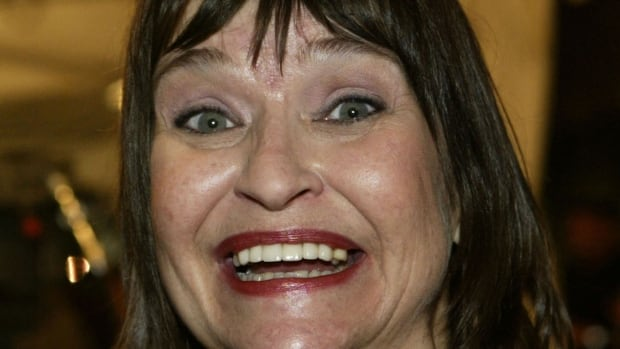 Jan Hooks lampooned numerous public figures during her tenure on NBC's Saturday Night Live, including Nancy Reagan and Tammy Faye Bakker.