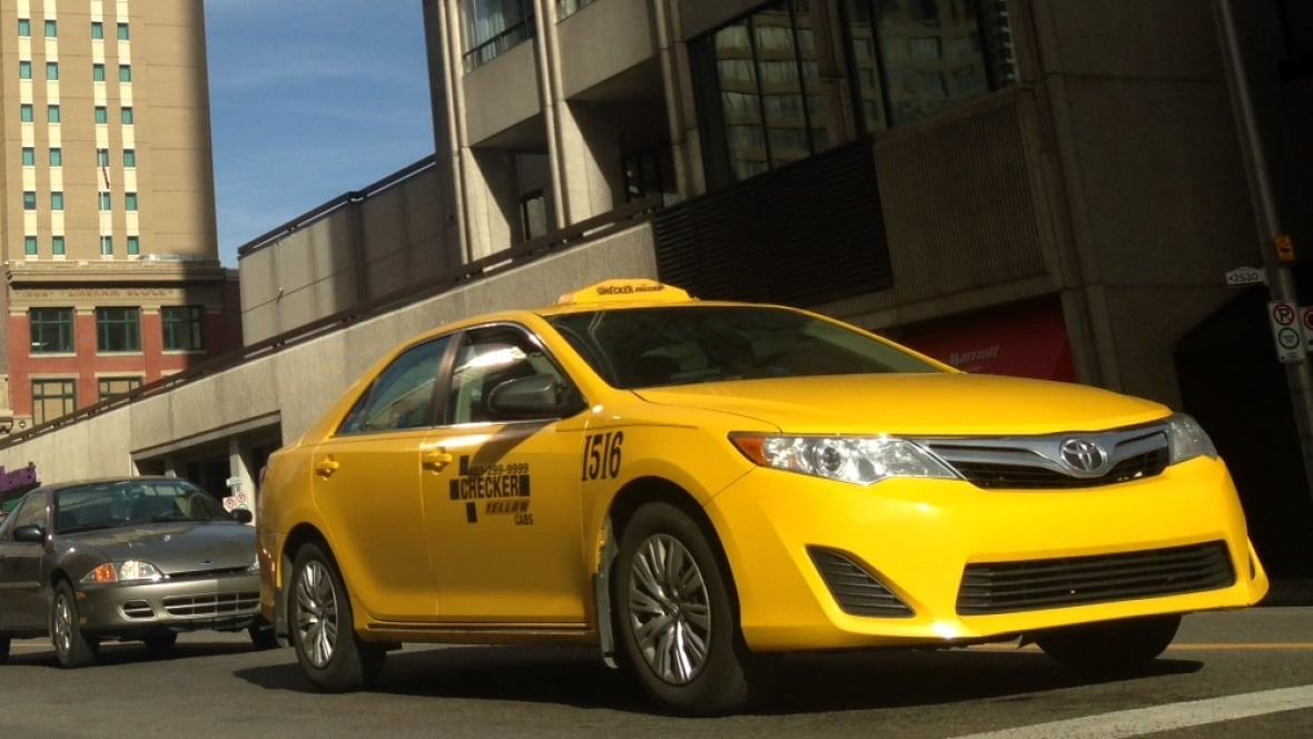 Thunder Bay Cab >> Uber warning issued by Canada's insurance industry - Calgary - CBC News