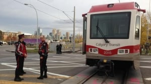 Cbc My Region Pedestrian Hit By Lrt In Critical Condition