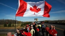 Ottawa shooting: Hockey takes its place in Canada's healing