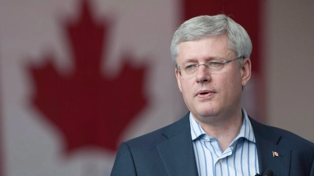 Prime Minister Stephen Harper is expected to unveil his income-splitting plan on Thursday.
