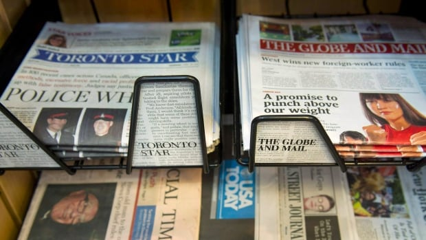 The Toronto Star plans to drop its digital paywall in 2015 and launch a tablet edition.
