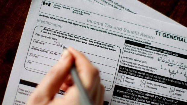 Income from all investments should be taxed at a flat rate, and tax rates on the highest income earners should be increased, a wide-reaching report on tax reform says.