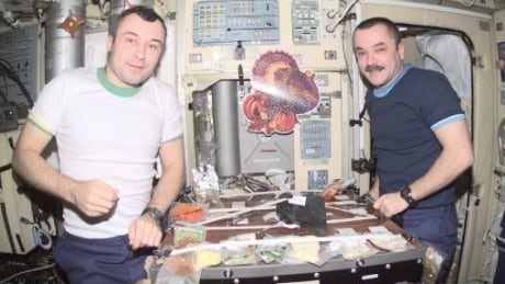 ISS astronauts enjoy Thanksgiving feast