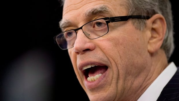 Finance Minister Joe Oliver says the government will keep its promise to balance the budget.