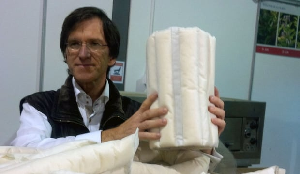 Francois Simard's Protec-Style milkweed absorbent