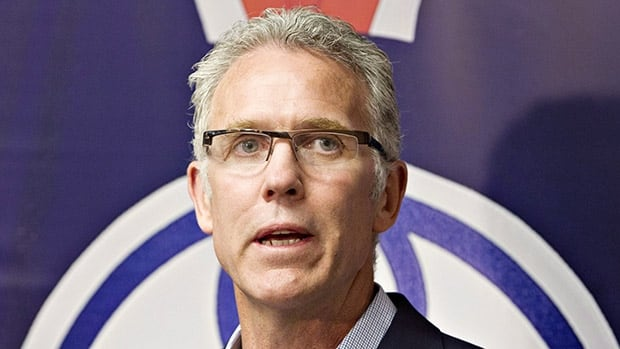 Edmonton general manager Craig MacTavish declined to make any changes to his roster or coaching staff, despite the team's 11-game losing streak.